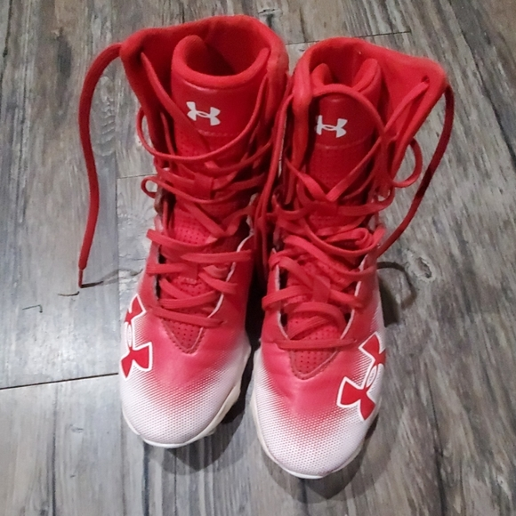 Under Armour Shoes - Boys under armour cleets